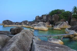 objek wisata batu besar di natana