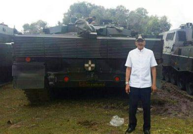 Hamid Rizal pun Kagumi Keberadaan Tank Leopard TNI AD di Natuna
