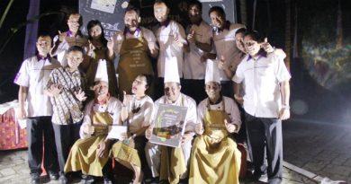 """Turi Beach Resort Luncurkan Buku Menu """"Wonderful Indonesia Cook Book"""""""