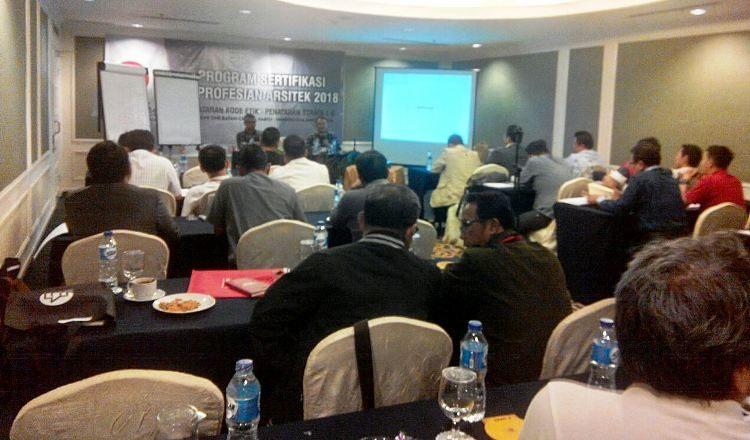 WartaKepri - IAI Kepri mengadakan kegiatan Penataran Kode Etik