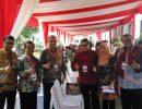 Ketua DPRD Kepri Jumaga Nadeak bersama ketua DPRD Provinsi Jabar, Sumsel dan lainnya sebelum mendapat pengarahan dari Presiden