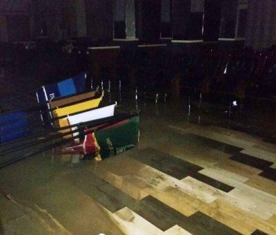 WartaKepri - Ruang Parnipurna Terkena Dampak Banjir