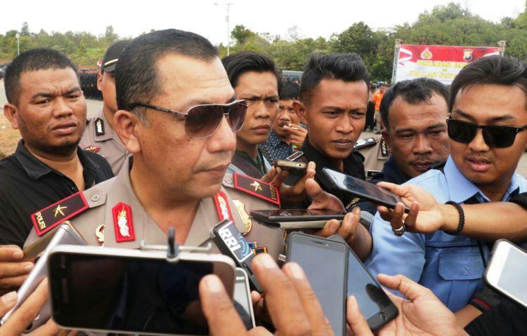 Tanjungpinang, Wakil Polda Kepri Yan Fitri di wawancarai sejumlah media