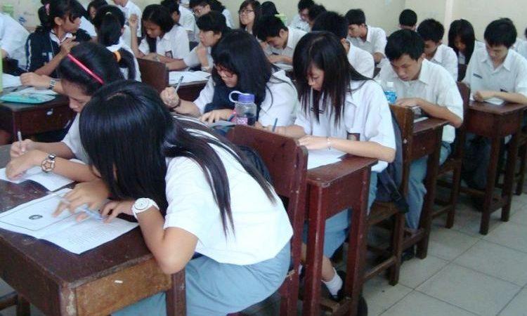 Wartakepri, Anak sekolah saat belajar