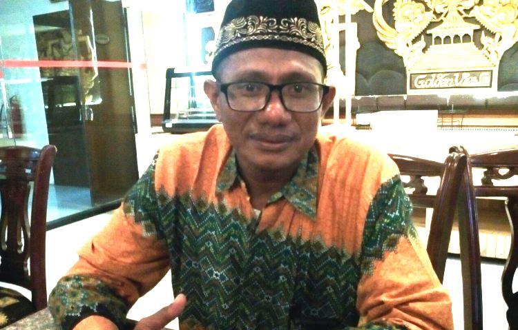 Wartakepri, Abdurahman Sekretaris Perkit