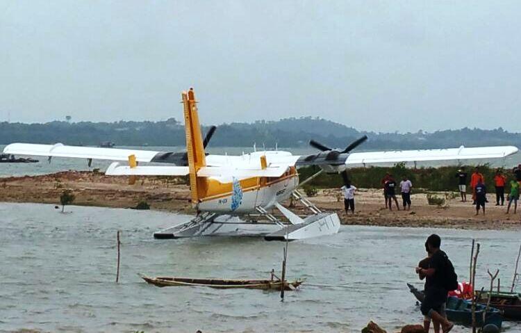 Wartakepri, Pesawat mendarat darurat di Ocarina