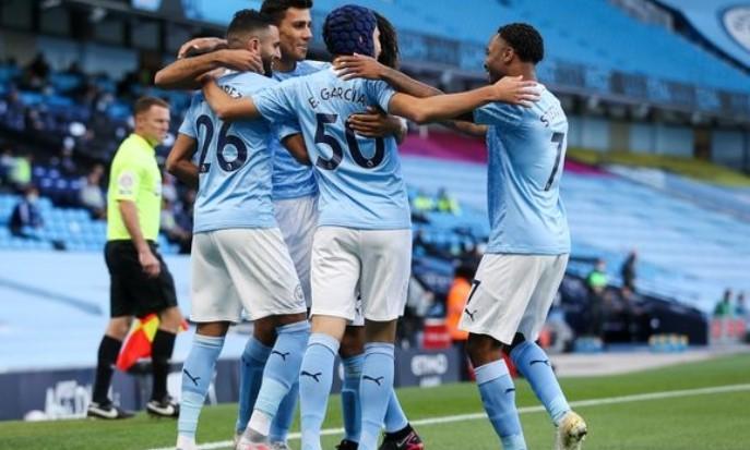 Manchester City Dingin Dipuncak