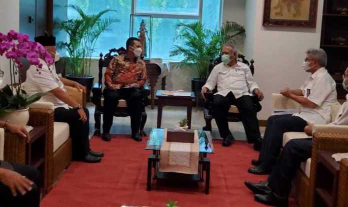 Menteri PUPR Bahas Jembatan Batam Bintan