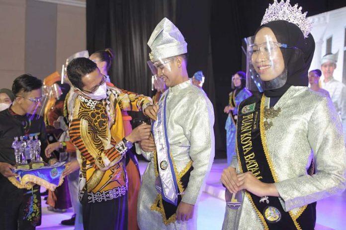 Encik Alfian Duta Wisata Batam 2021