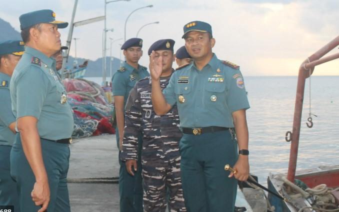 Kolonel Laut P Harry Setyawan,