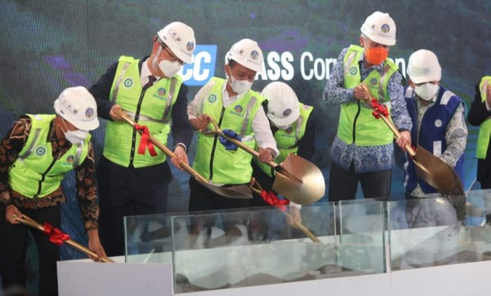 PT KCC Glass Indonesia di Kawasan Industri Terpadu (KIT) Batang