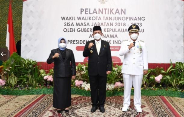 Gubernur H Ansar Ahmad lantik Endang Abdullah sebagai Wakil Walikota Tanjungpinang