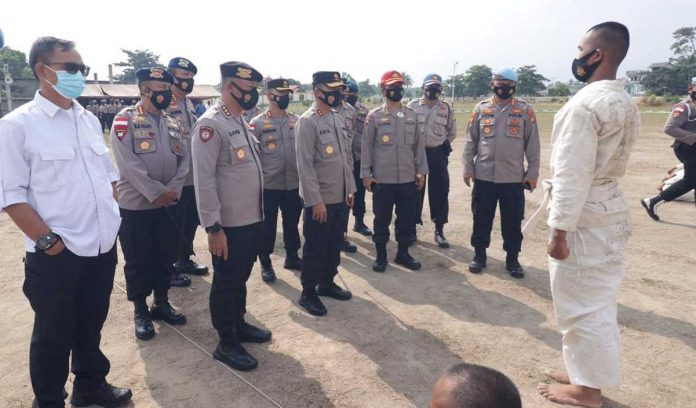 Kapolda Kepri Sapa Siswa SPN di Tanjung Batu Karimun