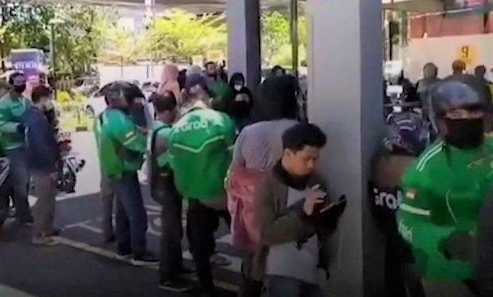 Promo BTS Meal McDonald's Ciptakan Kerumunan