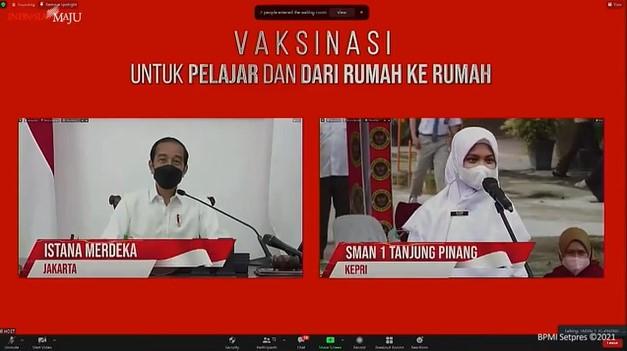 Vaksinasi Siswa SMA Tanjungpinang Dialog dengan Presiden Jokowi