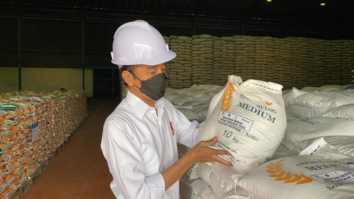 stok beras nasional Bulog