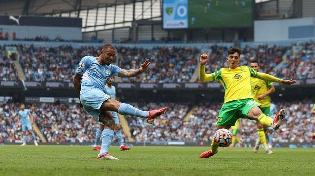 Manchester City Hajar Norwich