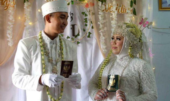 Pasangan yang dipertemukan melalui Hawaya