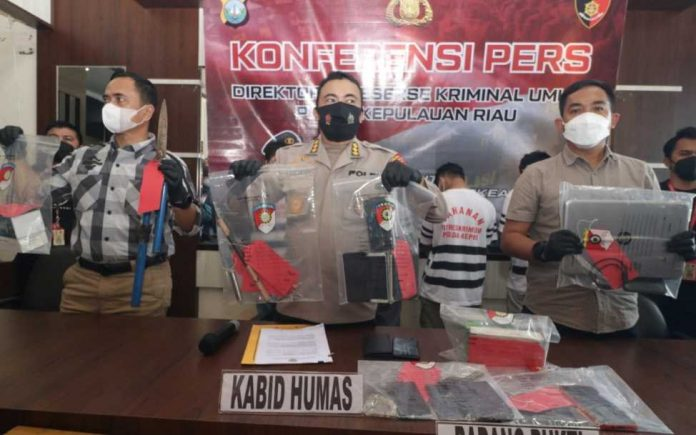 Tim Opsnal Subdit III Ditreskrimum Polda Kepri Tangkap